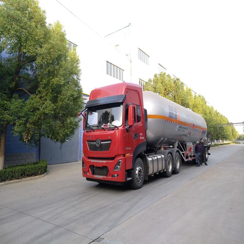 61.9立方液化气槽车 LPG运输车湖北齐星压力容器进出口供应