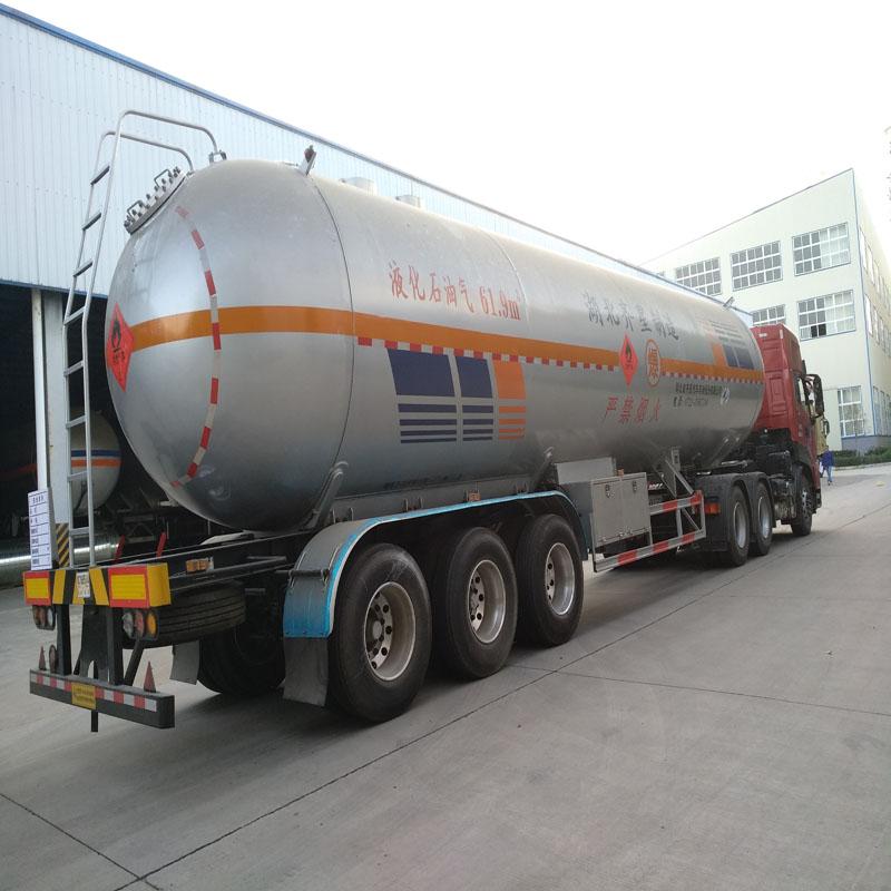61.9立方液化气槽车 LPG运输车湖北齐星压力容器进出口供应图片