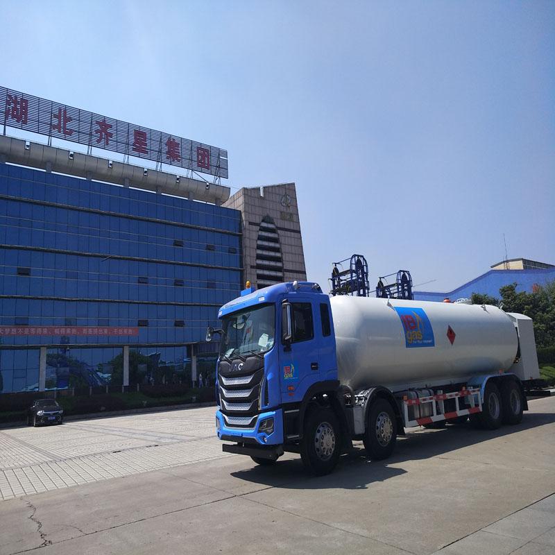 LPG加气车液化气槽车厂家供应,液化气槽车