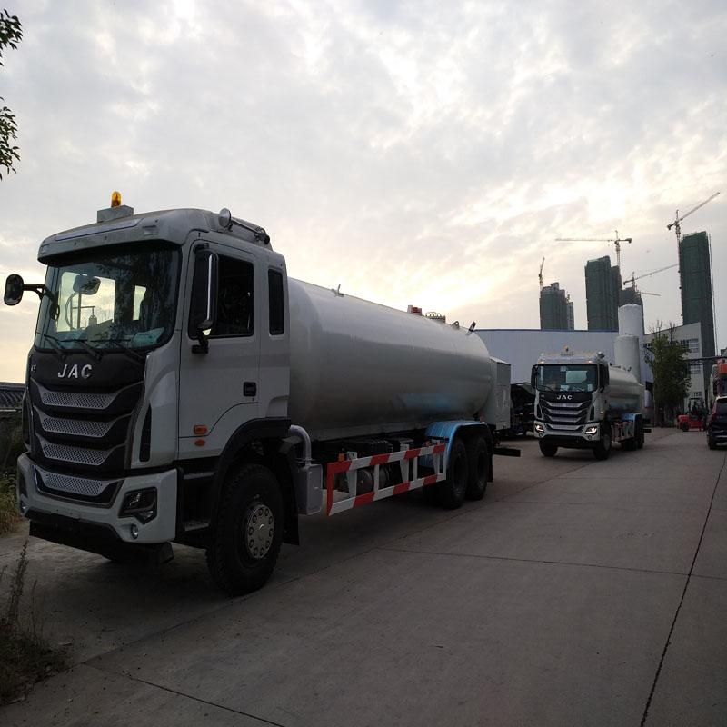 液化石油气罐车lpg加气车试车,液化气槽车
