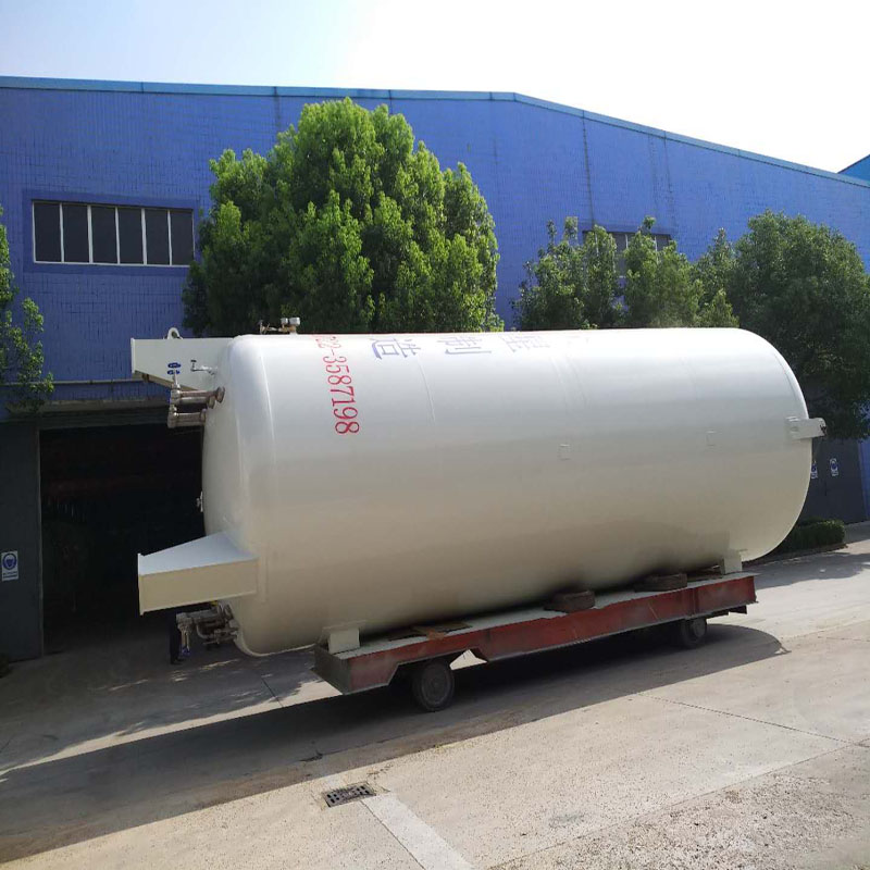 液态二氧化碳储罐图片