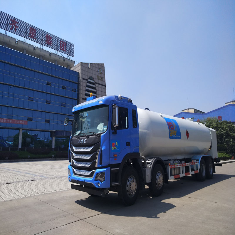 5m3液化气加气车图片