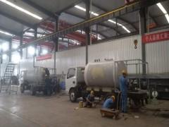 液化气加气车加急生产中:预备出口发货